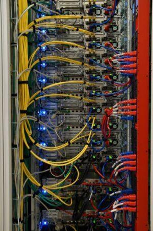 déploiement installation équipements salle informatique datacenter