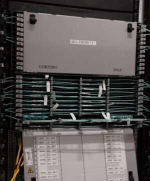 corning fibre optique UHD cablage datacenter